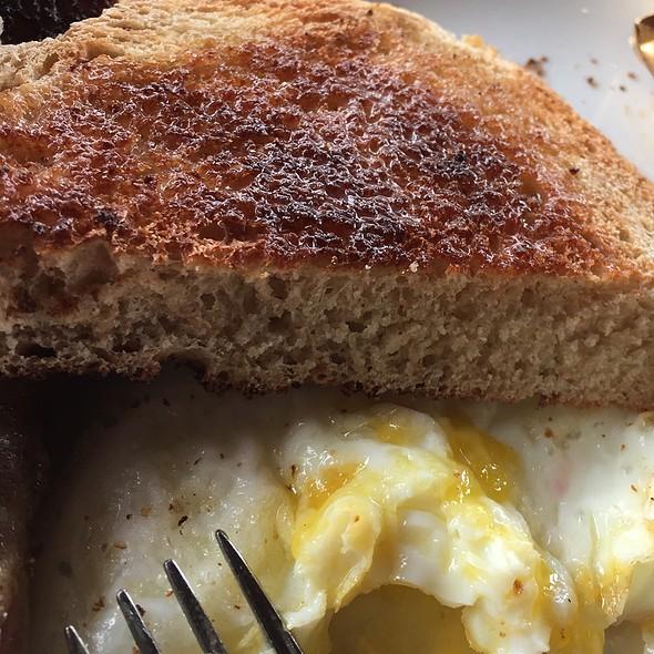 Eggs Over Medium @ Flow