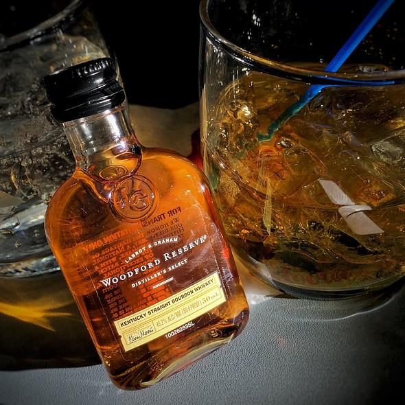 Woodford Reserve Bourbon @ First Class Princess