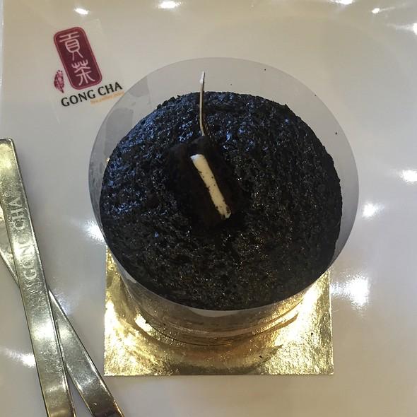 Black Velvet Cake @ Gong Cha