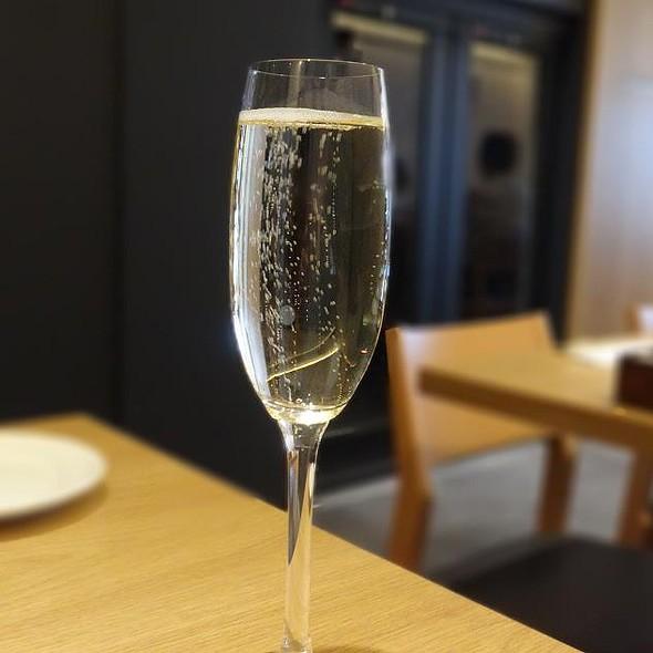Champagne @ Cucina Italiana d'Ore Kagurazaka