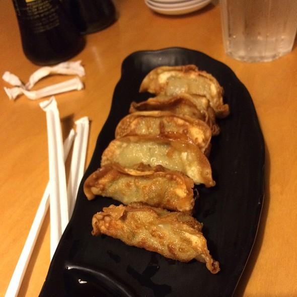 Fried Gyoza @ Hinotez
