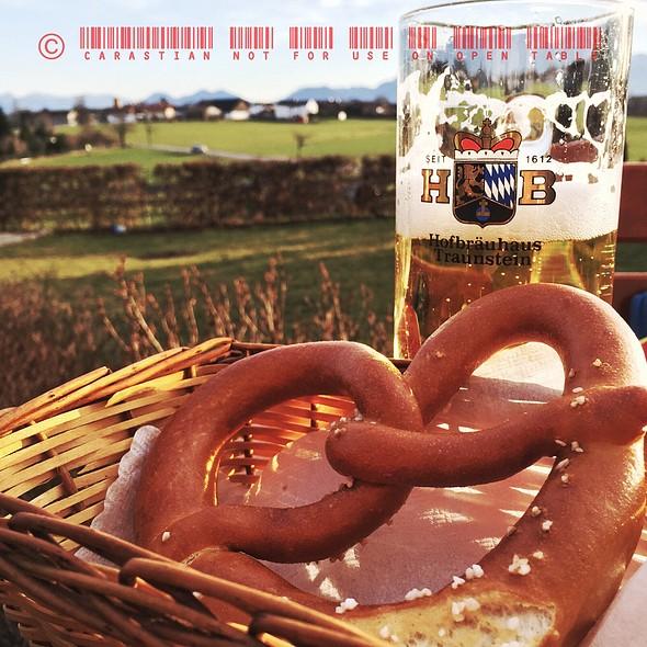 Beer And Brezen @ Cafe Heiss