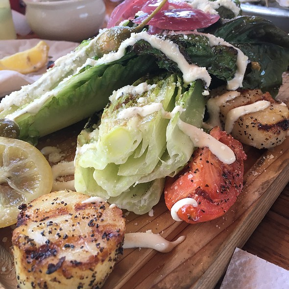 Grilled Caesar Salad With Scallops @ Brooklyn Crab