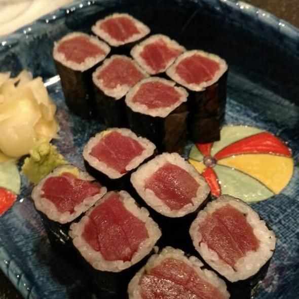 Blue Fin Tuna Roll @ kihachi japanese restaurant