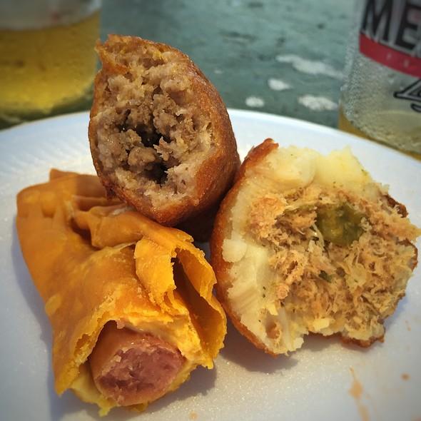 Street Foods @ Antojitos Del Callejon