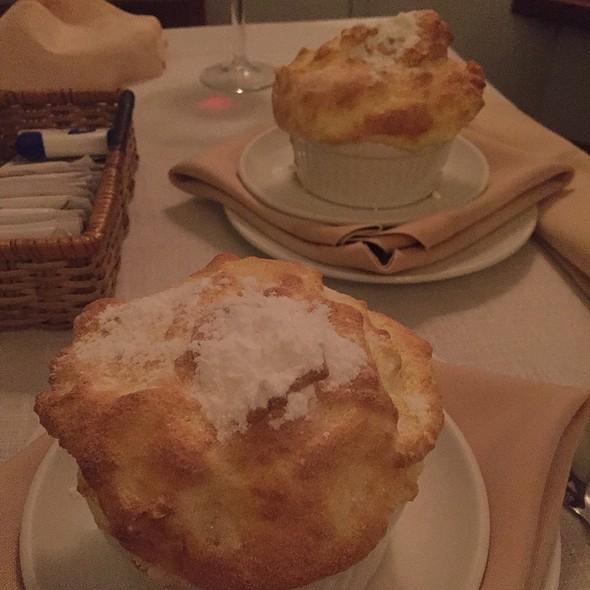 grand marnier souffle @ Claude's Le  Cafe de Ville