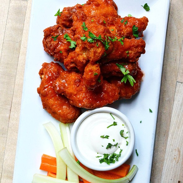 Wings - CK14 - The Crooked Knife at 14th Street, New York, NY