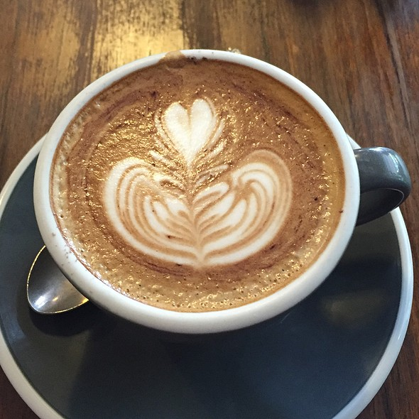 Cappuccino @ Double Roasters