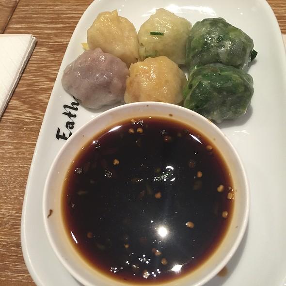 Assorted Vegetable Dumpling @ Eathai @ Central Embassy