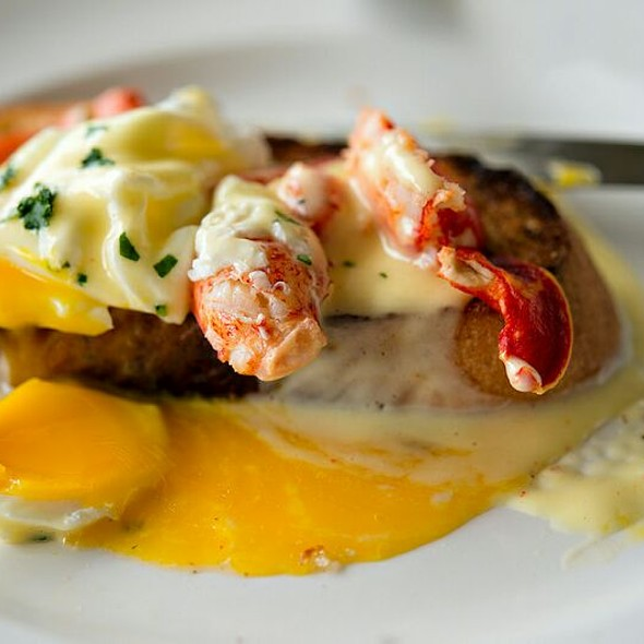 Eggs Benedict With Butter Poached King Crab @ Fork Notes Hideaway
