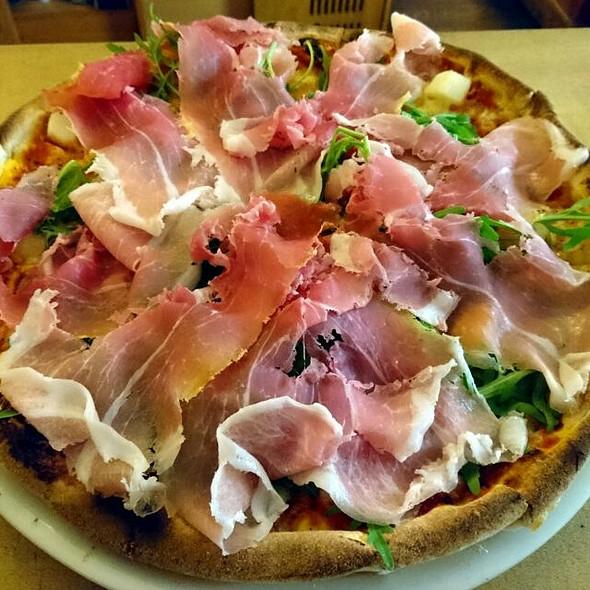 Spargel/Prosciutto Pizza @ Vini e. Panini