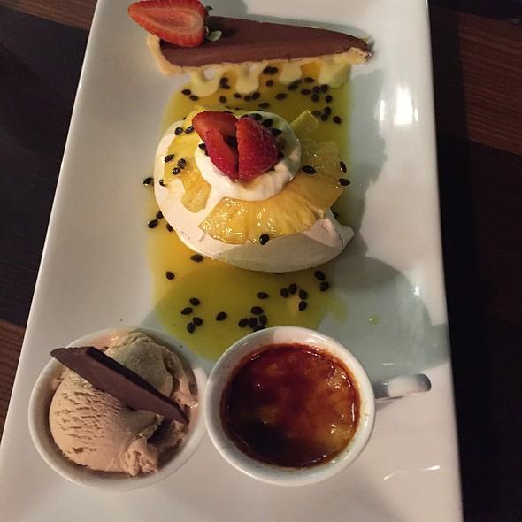 Dessert Platter @ Grazeland