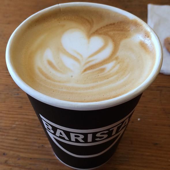 Hazelnut latte @ Barista