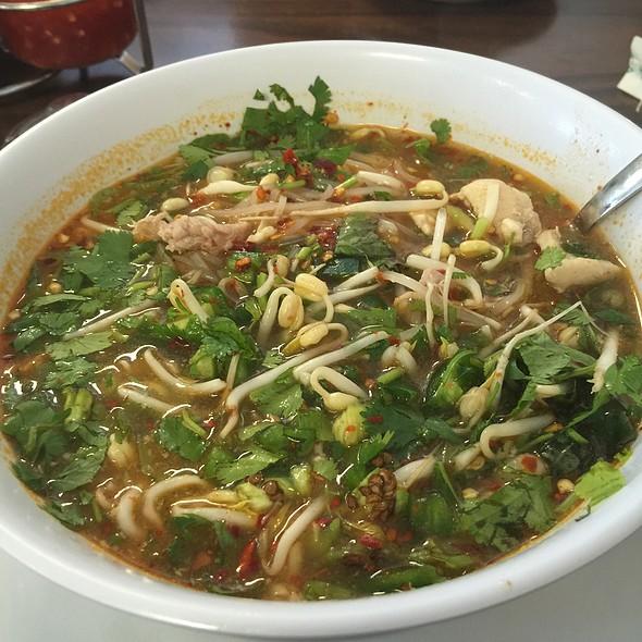 Tom Yum Noodle Soup @ Thai Palace