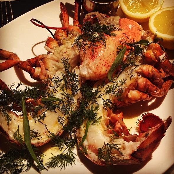 Maine Lobster @ Luke's Oyster Bar & Chop House