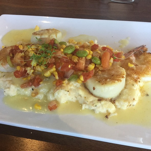 Shrimp And Scallops Over Grits @ River House
