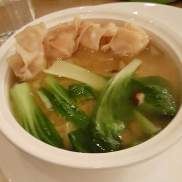 Wanton Noodle Soup @ EDSA Shangri-la Hotel Lounge