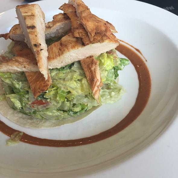 Las Cabos Salad W Grilled Chicken @ Taco Diner
