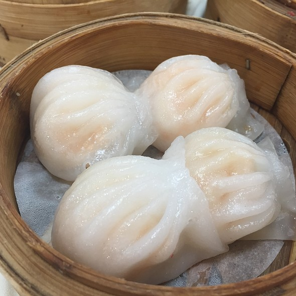 蝦餃 Prawn Dumplings @ Joy Luck Palace