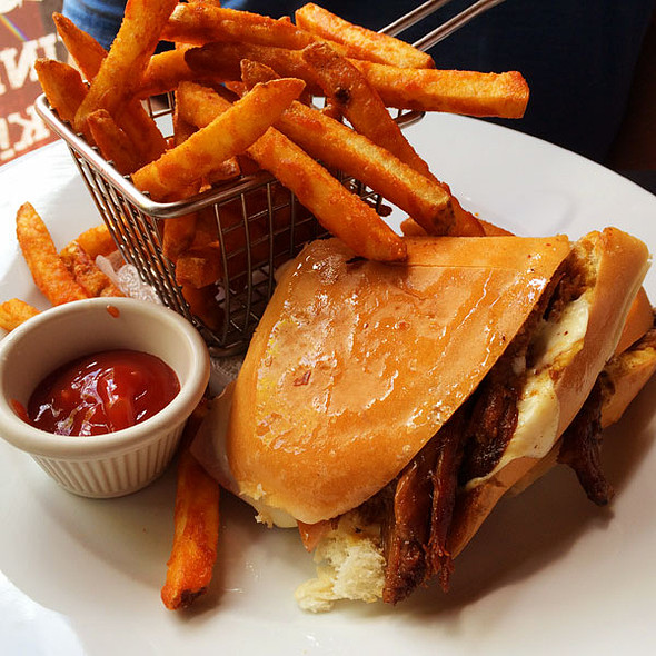 Sandwich Cubano - Mayas, New Orleans, LA