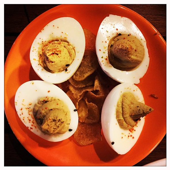 Bedeviled Eggs @ The Upsider