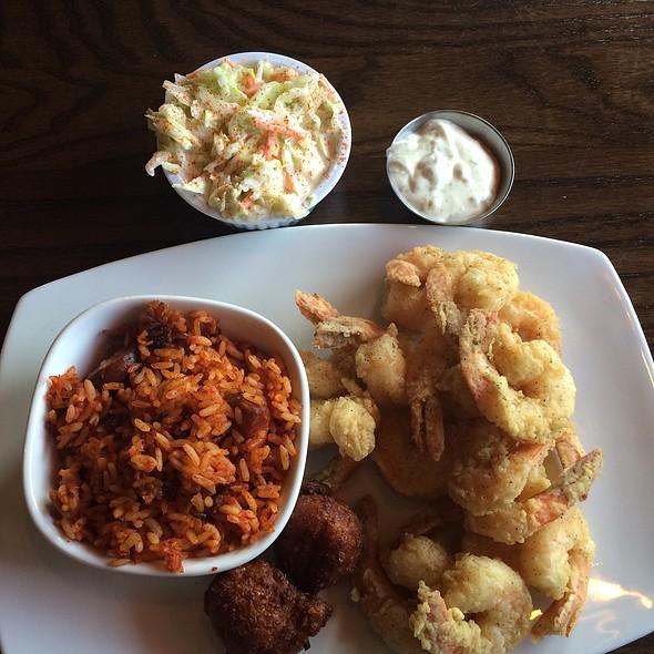 Fried shrimp @ Noisy Oyster - North Charleston