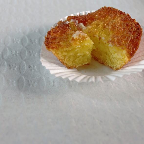 Local Homemade Muffin @ Restaurante Cantinho Do Cais