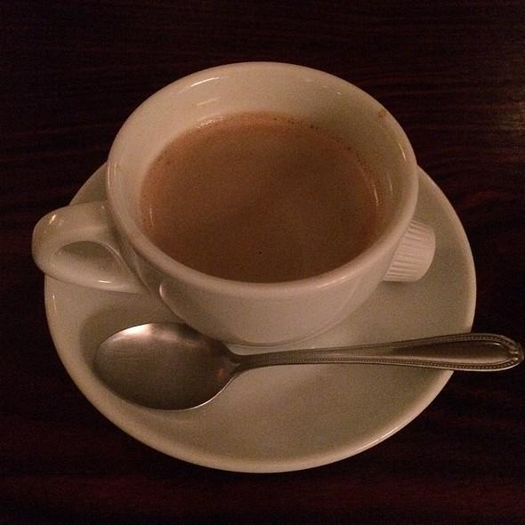 Coffee @ 六家 (Roca)