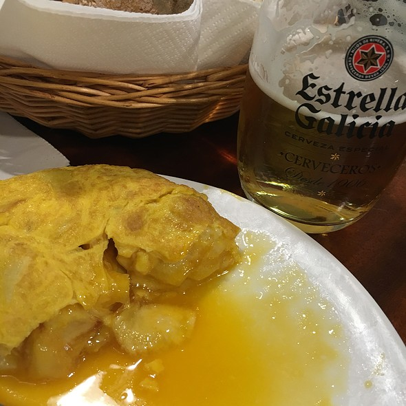 Tortilla de Betanzos @ Mesón O'Pote