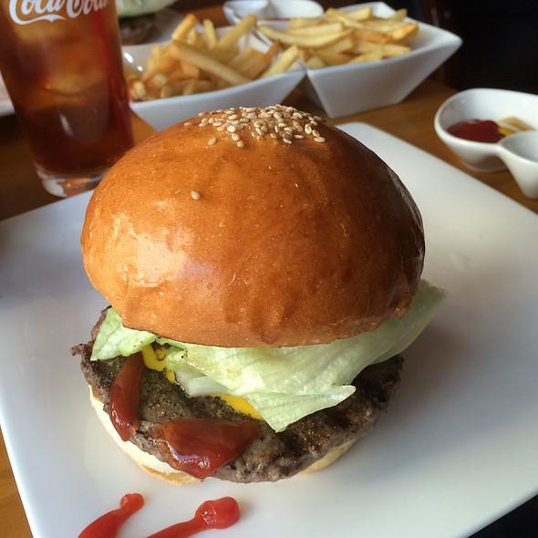 Hamburger @ 三軒茶屋バーガークラブ