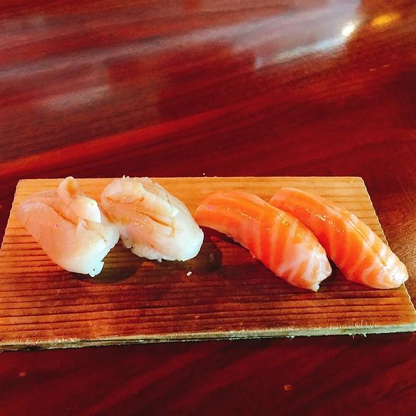 Scallop And Salmon Nigiri @ Kru