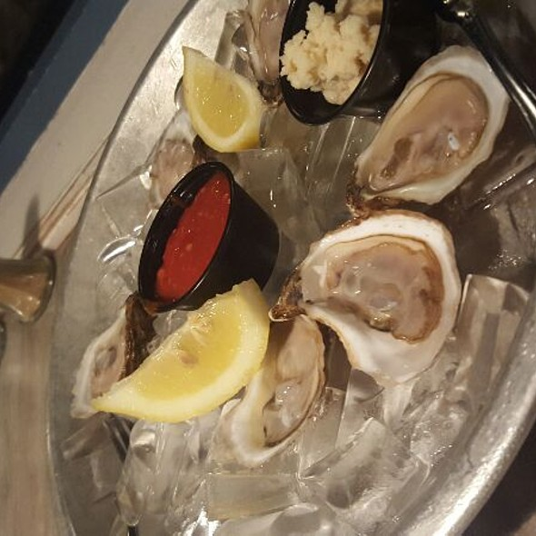 Oysters - Steamers of Pismo, Pismo Beach, CA