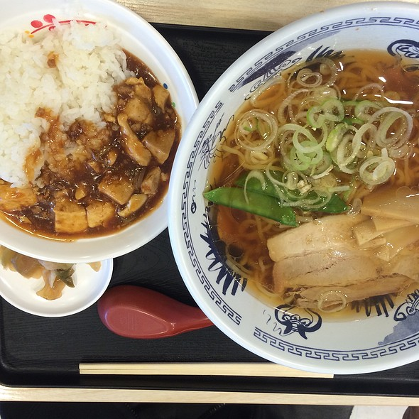 Ma Po Tofu Don with Ramen  @ 中華万里の第三東京市店