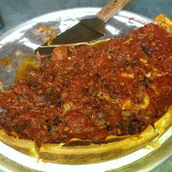 Deep Dish Carne (Italian Sausage, Pepperoni, Salami, Chopped Bacon) @ Zachary's Pizza