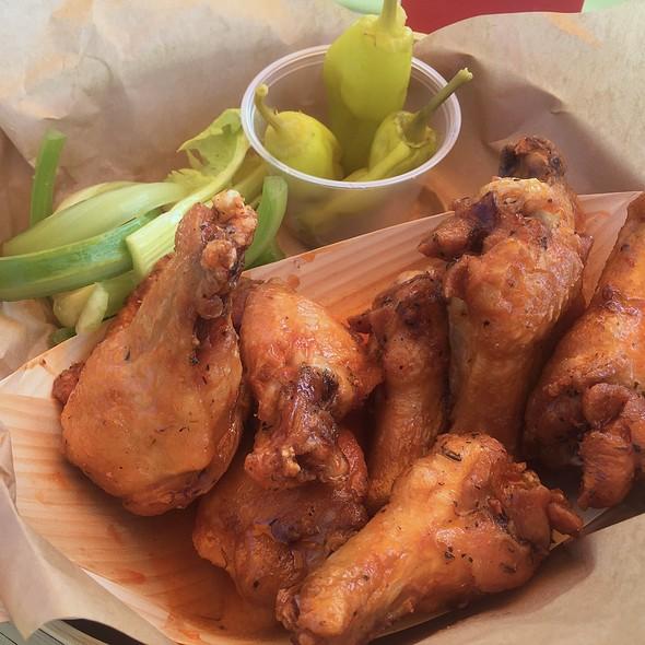 Sriracha Chicken Wings @ Hyatt Regency Grand Cypress