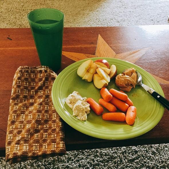 Carrots, Organic White Bean Hummus, Apple, Peanut Butter @ Home