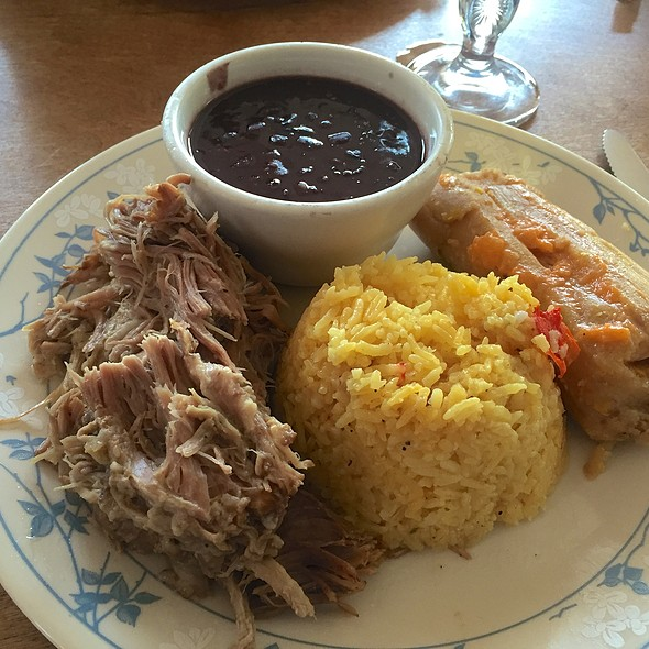 Lechon Asado - Cuban Style Roasted Pork @ El Ambia Cubano