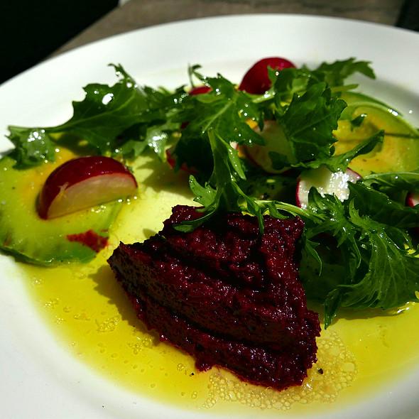 avacado salad @ Trou Normand