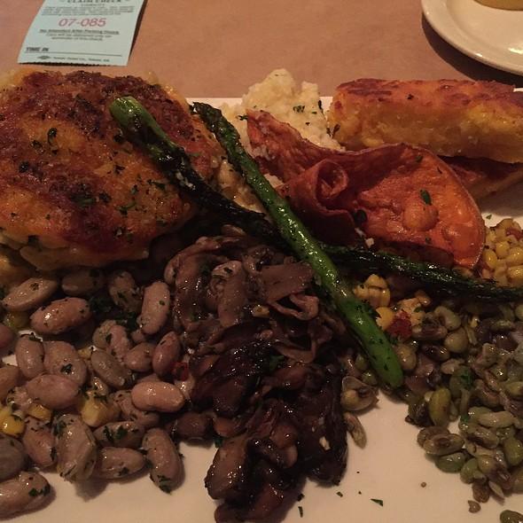 Veggie Plate - Wisteria, Atlanta, GA