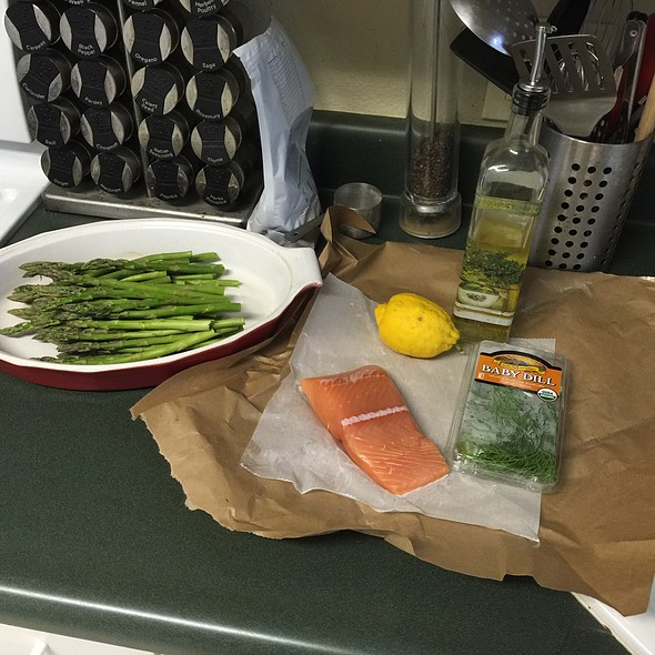 Salmon And Asparagus @ Home