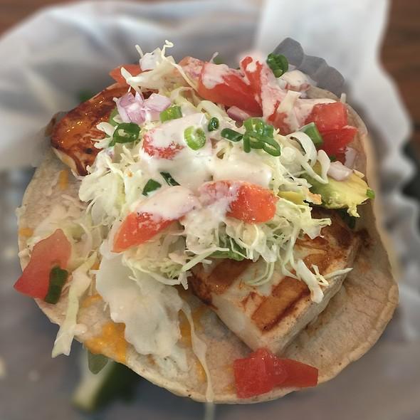 Mahi Mahi Taco @ Blue Water Seafood