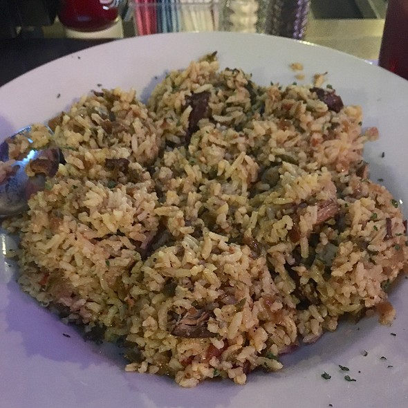 Jambalaya, Grilled Shrimp, and Grilled Crawfish @ Mulate's the Original Cajun