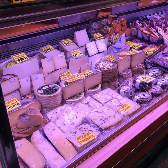 Assorted Local Cheese @ La Ramblas, Barcelona
