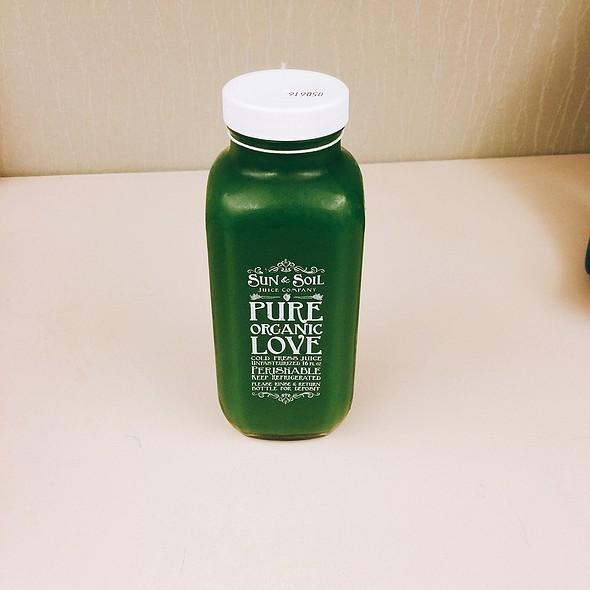 The Green Queen @ Sun & Soil Juice Company