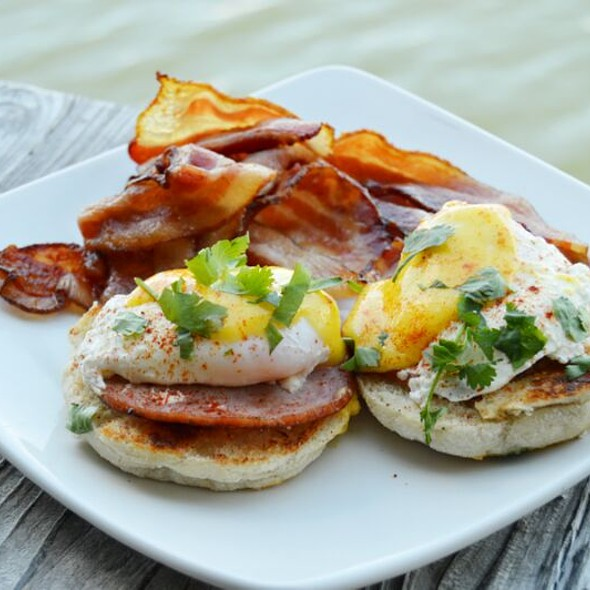 The Best Brunch - GG's Waterfront Bar & Grill, Hollywood, FL