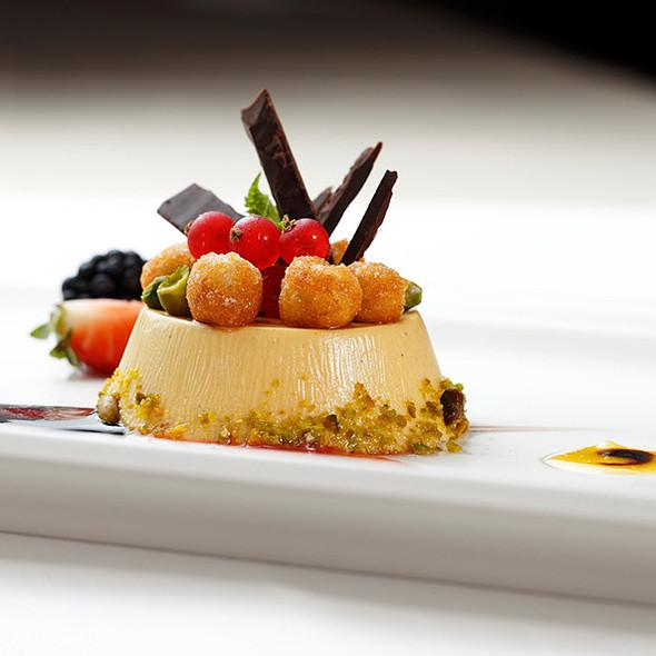 Dessert @ Ristorante I Carracci