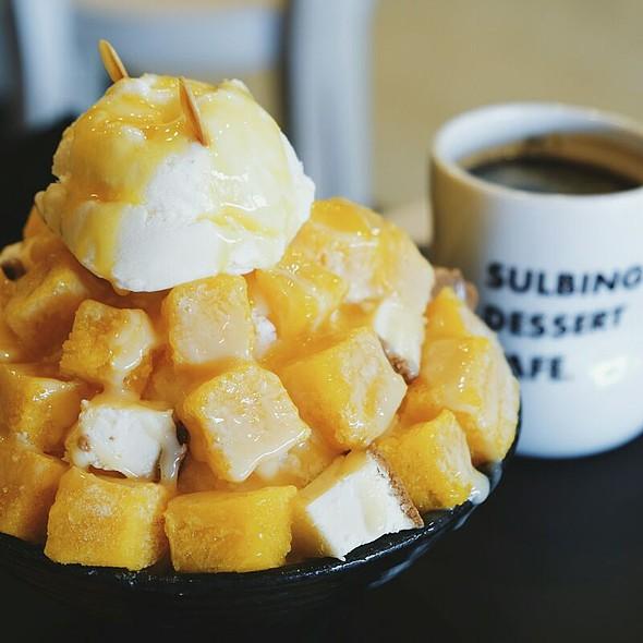 Mango Cheesecake Sulbing @ Sulbing Dessert Cafe