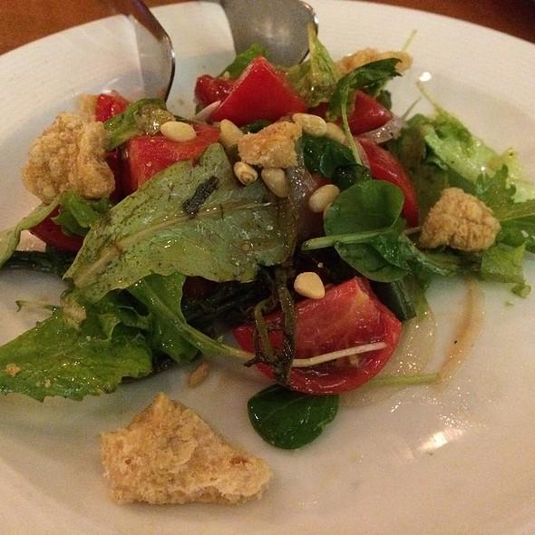 Hau'ula Tomato Salad @ Vino Italian Tapas