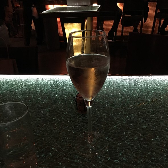 Champagne @ Pops for Champagne