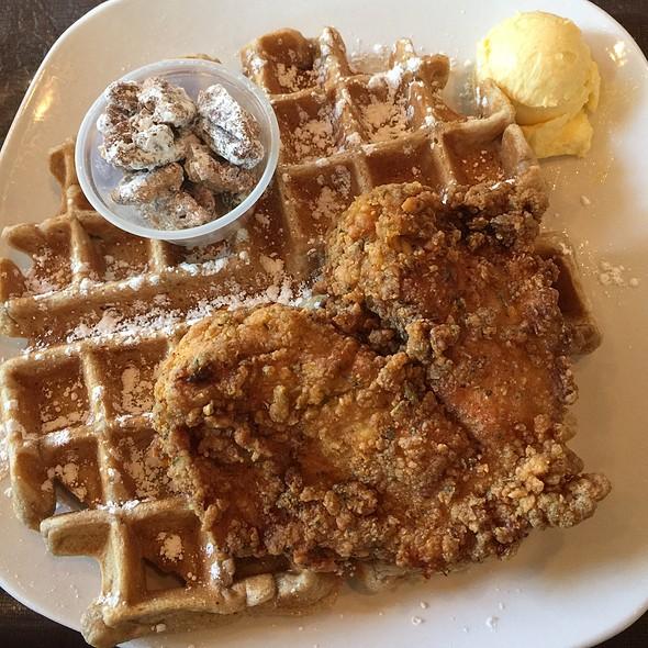 Orange Speckled Chabo @ Dame's Chicken & Waffles